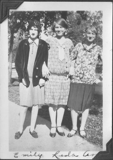 Emma Fritzler, Leda, and Anna Fritzler. Unsure of Leda's surname.